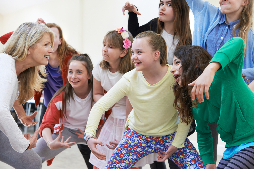 Técnicas de improvisação teatral para pessoas com autismo