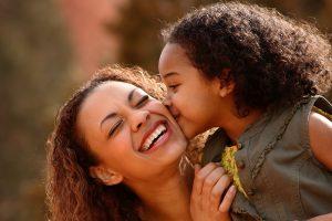 Tratamento para o autismo - mãe e filha