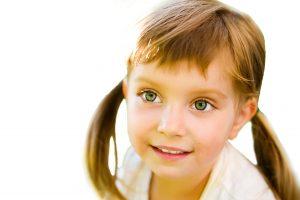Tratamento para o autismo - menina com autismo